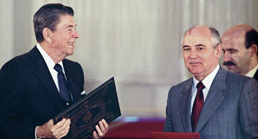 U.S. president Ronald Reagan (left) and General Secretary of the Central Committee of CPSU Mikhail Gorbachev at the joint meeting exchanging ratification instruments on bringing into force Soviet-American treaty on elimination of medium and short range missiles. (File)