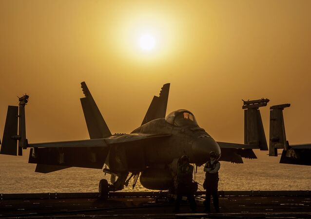 A U.S. Navy F/A-18E Super Hornet, Oct. 16, 2014