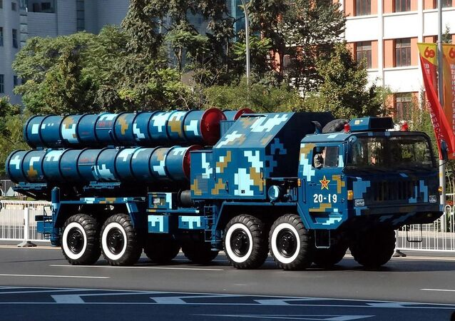 HongQi 9 [HQ-9] launcher pictured in Beijing during the 60th anniversary parade dedicated to China's founding, 2009.