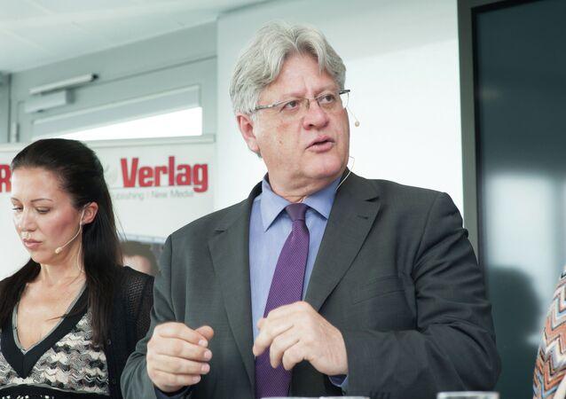 Stefan Schennach