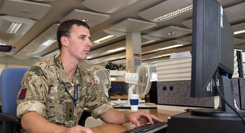 Tech-savvy British soldier