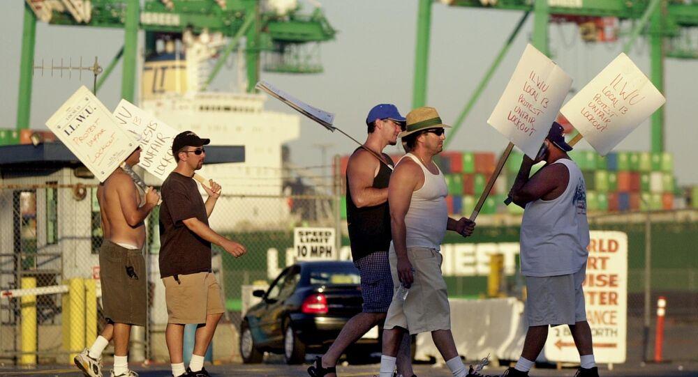Dockworkers on Strike in California