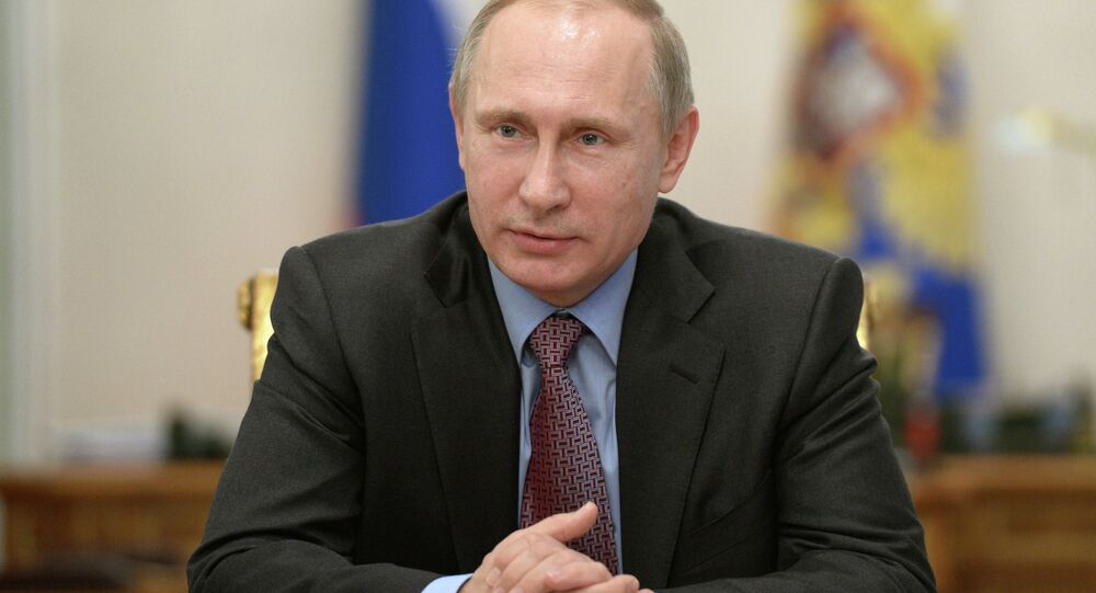 Russian President Vladimir Putin has signed a law to ratify a protocol on the restructuring of a loan to Cyprus.