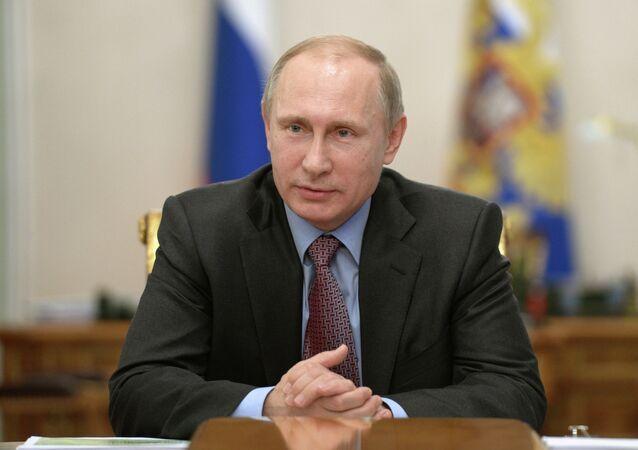 President Putin meets with economic experts