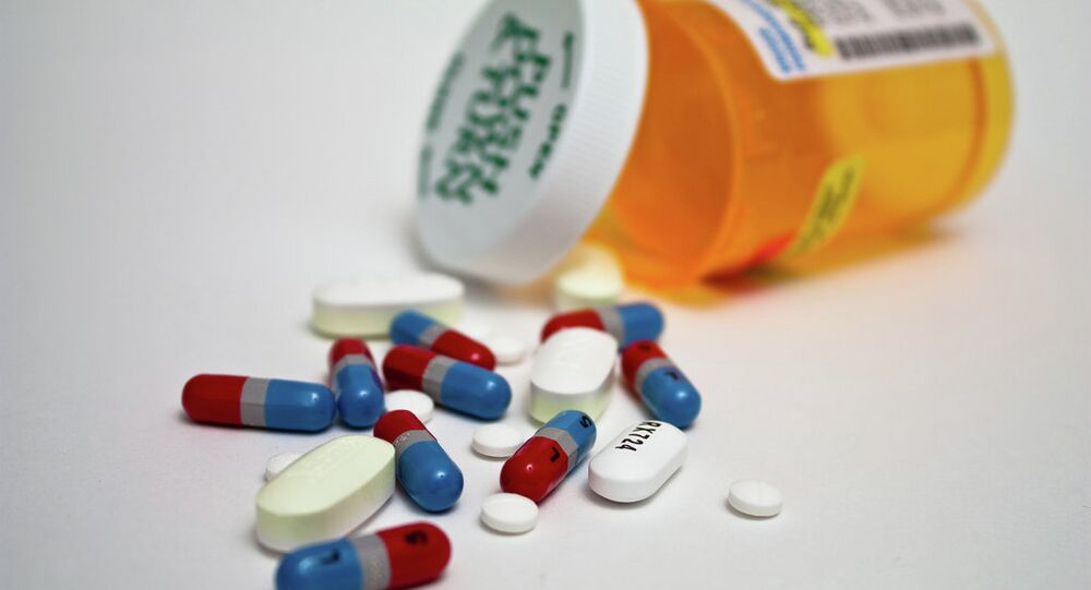 DaThe largest drug distributor in the United States agreed to pay a record $150 million fine to settle charges stemming from its failure to disclose to the federal government suspicious opioid orders, the US Department of Justice said in a press release on Tuesday.The largest drug distributor in the United States agreed to pay a record $150 million fine to settle charges stemming from its failure to disclose to the federal government suspicious opioid orders, the US Department of Justice said in a press release on Tuesday.ta submitted by major pharmaceutical companies to track how they pay doctors contain so many basic errors -- like misspelling their own drugs' names -- that it obscures the true amount they are spending.