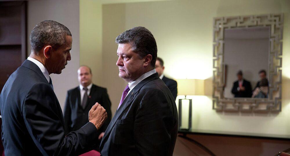 President Barack Obama talks with Ukrainian President  Petro Poroshenko