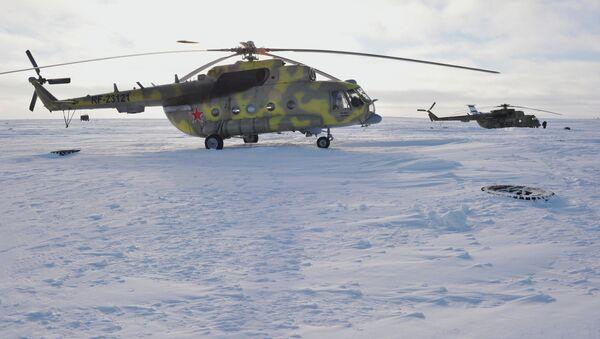 A Mil Mi-8 helicopter at the Nagurskoye border post of the Arkhangelsk Region FSB Border Department. - Sputnik International