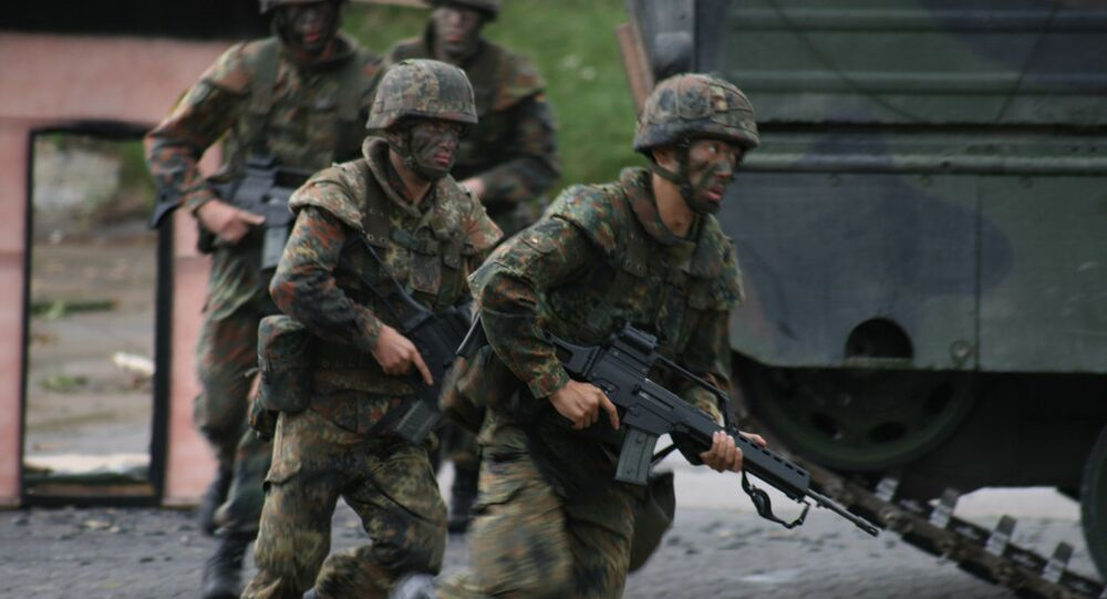 LH Bundeswehr has provided Germany's Federal Defence (Bundeswehr) troops with uniforms, underwear and gas masks since 2002.