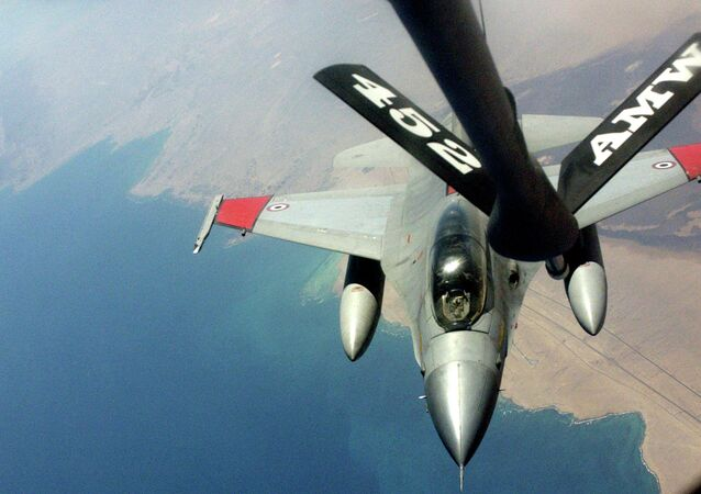 Egyptian F-16 Air Refueling