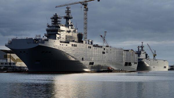 Mistral assault ships. file photo - Sputnik International