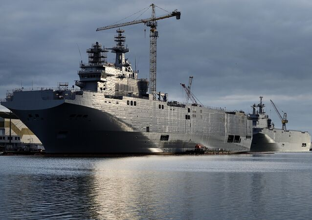 It seems that France is really bad at math. Otherwise, how could French representative Louis Gartier offer to refund Russia 785 billion euros after the failed Mistral deal, if Moscow already paid 1.2 billion euros?