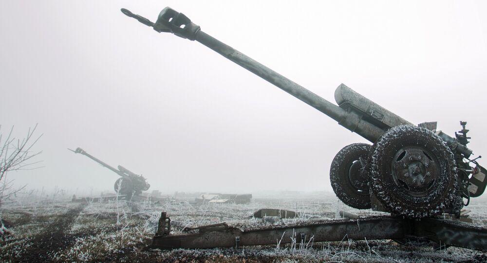 DPR militiamen on the outskirts of Debaltsevo, Donetsk Region