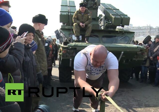 Yes, We Can! Russian Pulls a 17.5 Ton Missile System