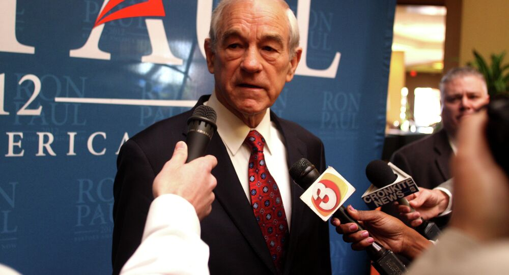 The federal government should keep its hands off of the Internet! - Ron Paul