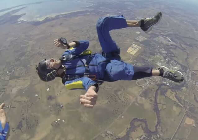 Epileptic Seizure Paralyzes Skydiver During Free Fall: Terrifying Rescue