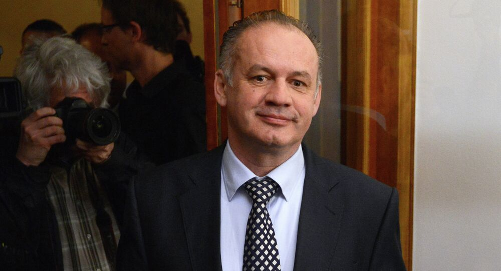 Slovak's millionaire and presidential candidate Andrej Kiska arrives to his campaign headquaters during the second round of the Slovakian presidential election on March 29, 2014 in Bratislava