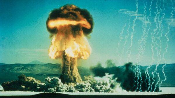 Mushroom cloud from an American atomic bomb test on January 17, 1962. The test was designated Upshot Knothold Grable shot No. 10. - Sputnik International