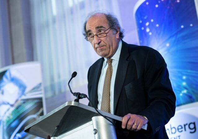 Andrew Lack, Chairman of the Bloomberg Media Group, speaks during a discussion October 30, 2013 in Washington, DC