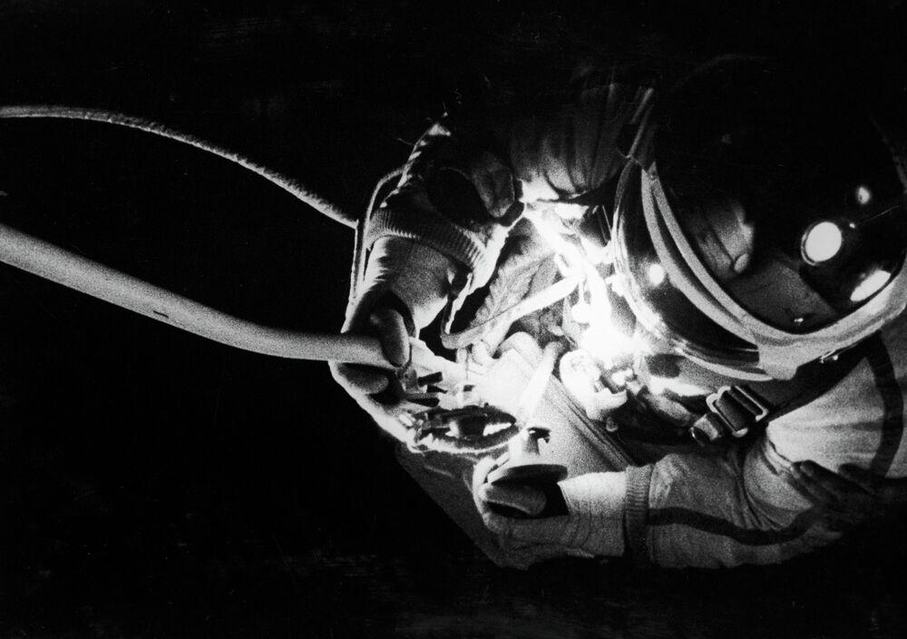 Cosmonaut Alexei Leonov taking a space walk