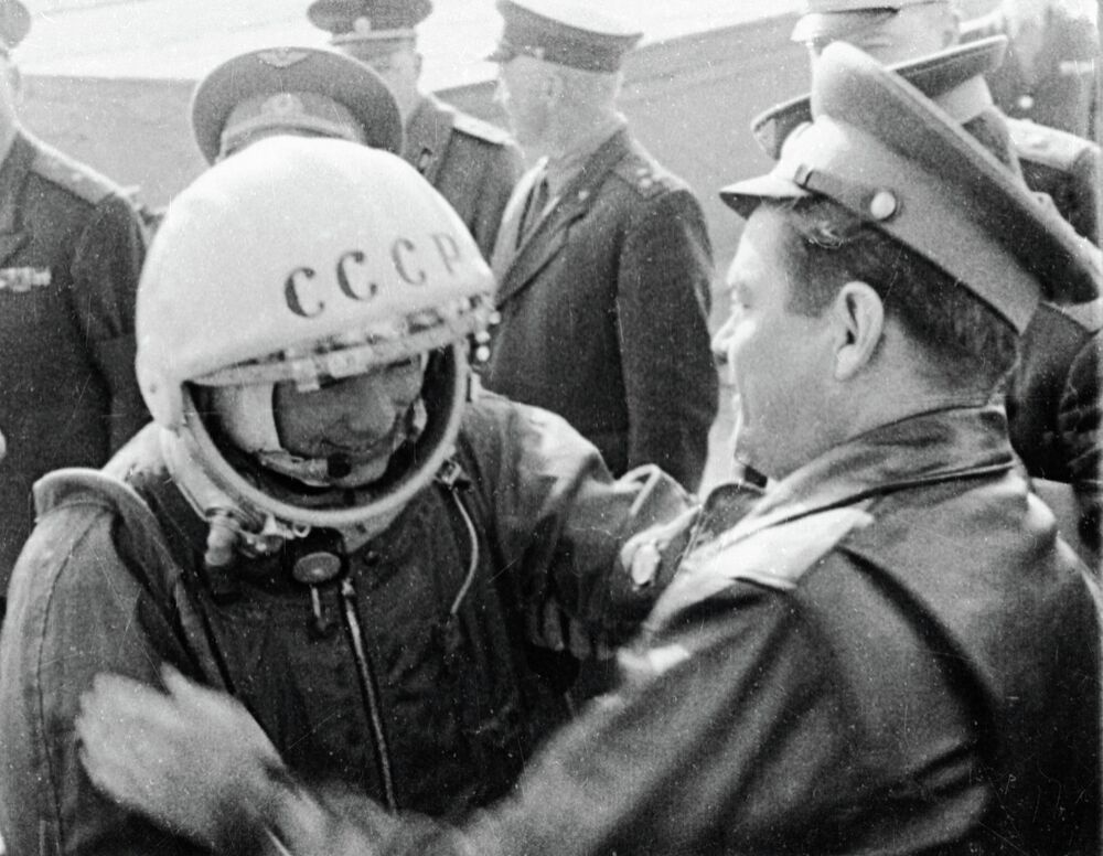 Yuri Gagarin bidding farewell to friends before flying to space. A still from the film 10 Years of the Space Exploration Era