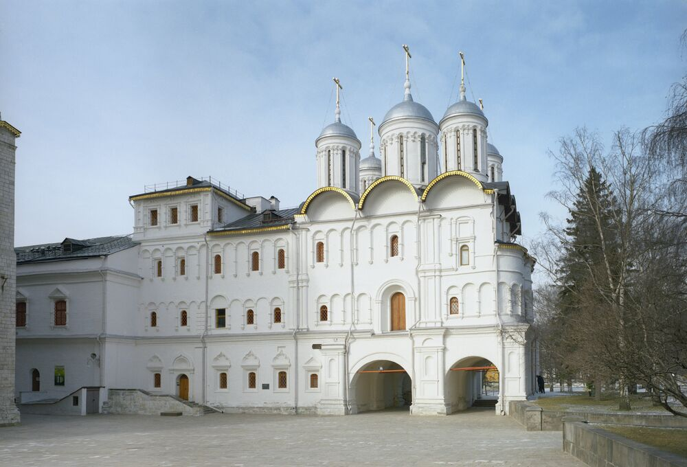 Patriarch's Chambers and Twelve Apostles Church