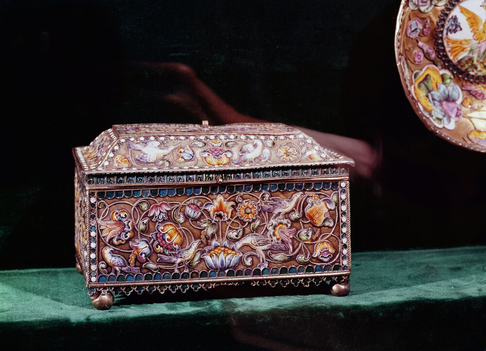 A 16th century casket. Enamel. The Armory Chamber of the Moscow Kremlin.