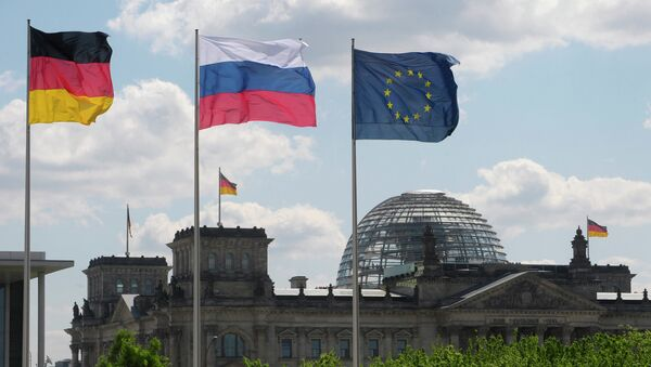 From left to right: Flags of Germany, Russia and the EU - Sputnik International