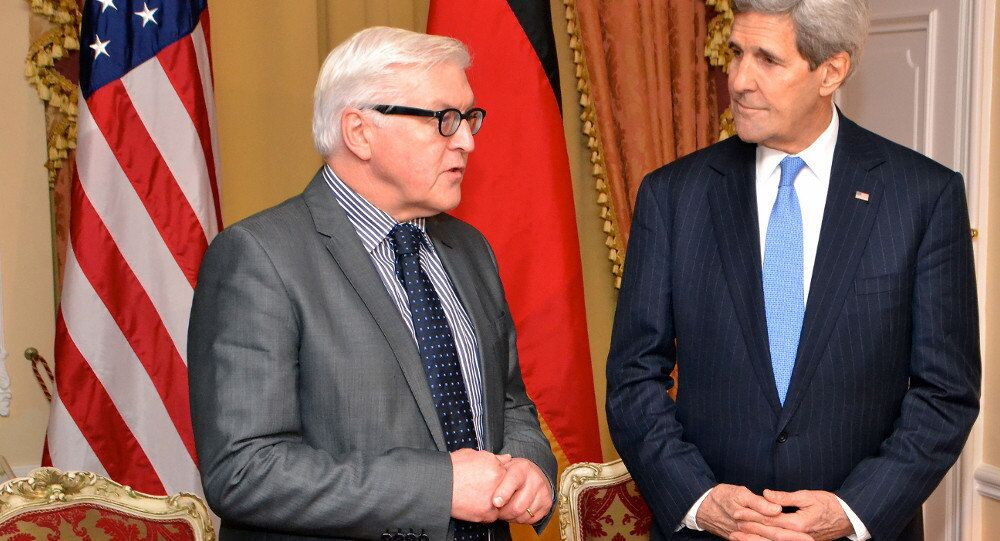 German Foreign Minister Frank-Walter Steinmeier and the US Secretary of State John Kerry