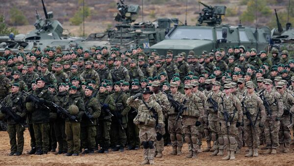 US and Lithuanian troops take part in a NATO military exercise 38 miles north of the capital of Lithuania. File photo. - Sputnik International