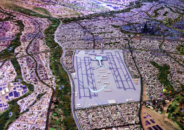 A model of a planned new capital for Egypt is displayed for investors at the opening of the Egypt Economic Development Conference (EEDC) in Sharm el-Sheikh, in the South Sinai governorate, about 550 km (342 miles) south of Cairo, March 13, 2015