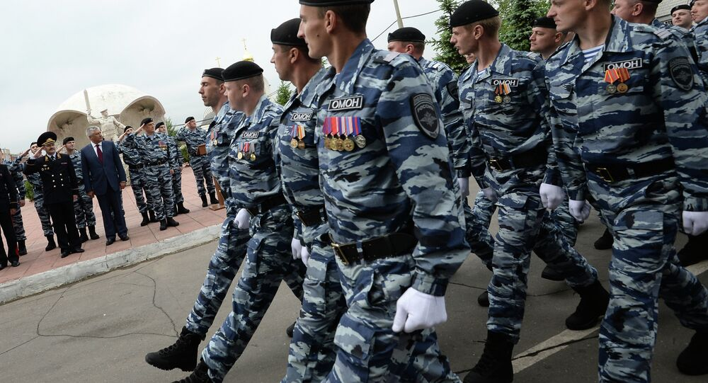 Former Berkut fighters receive Moscow special force IDs