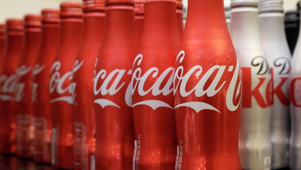 Coca-cola, which struggles with declining soda consumption in the U.S., is working with fitness and nutrition experts who suggest its cola as a healthy treat. - Sputnik International