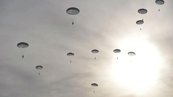 The landing of Russian airborne troops - Sputnik International