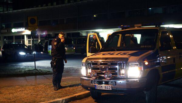 A police officer in Gothenburg, Sweden, March 18, 2015 - Sputnik International