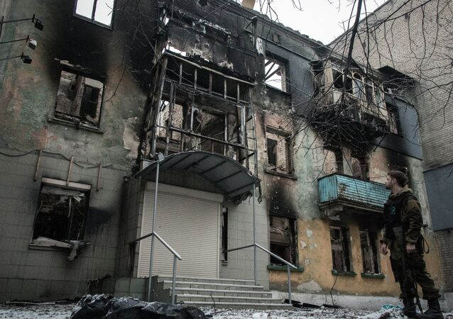 An apartment building in Debaltsevo destroyed by shelling