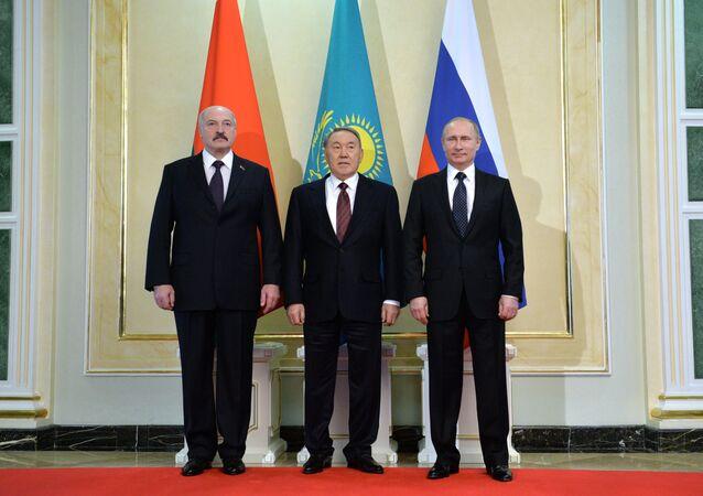 Vladimir Putin visits Kazakhstan