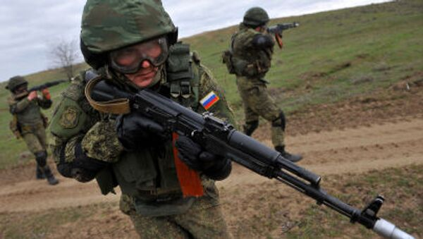 Russian military troops take part in a military drill on Sernovodsky polygon close to the Chechnya border - Sputnik International