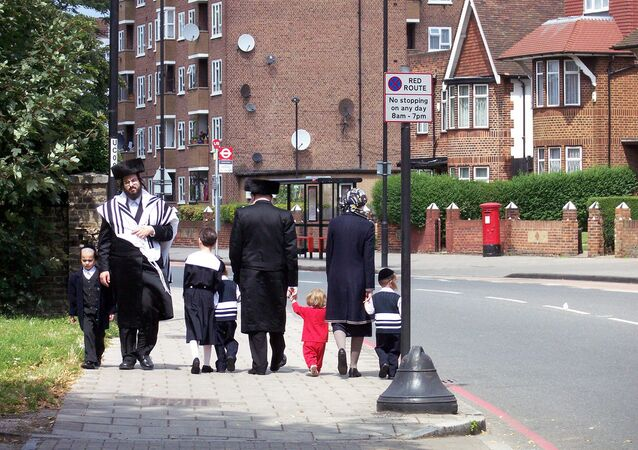 Hasidic Jews in Hackney, London