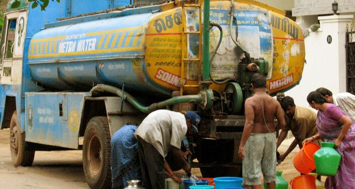 748 million people worldwide have poor access to clean drinking water.