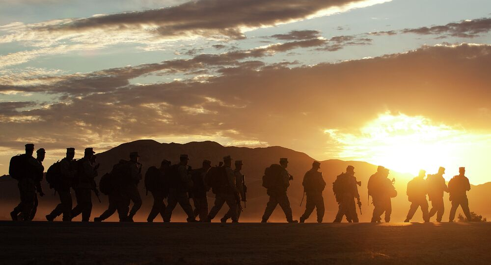 US Soldiers preparing for a military drill