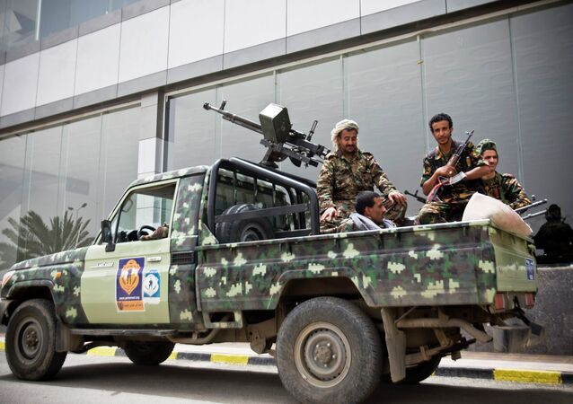 An unidentified source at the Iranian Defense Ministry dismissed earlier reports about Iranian officers, allegedly kidnapped by militants in the Yemeni city of Aden.