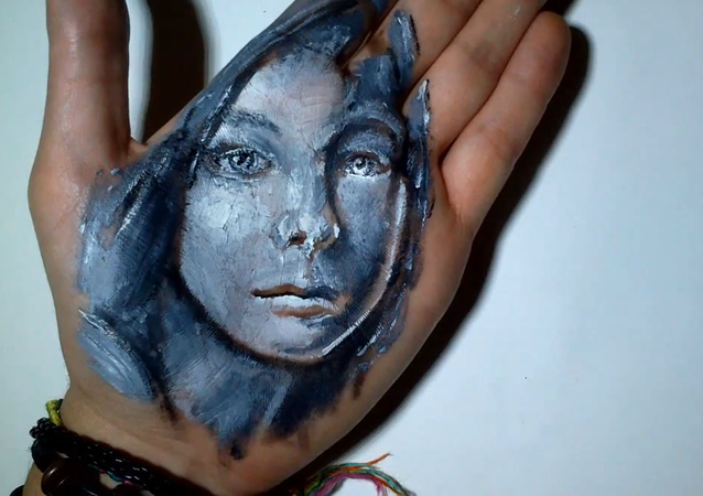 Mesmerizing Hand Art Illusions: Taking Painting to Ultimate Level