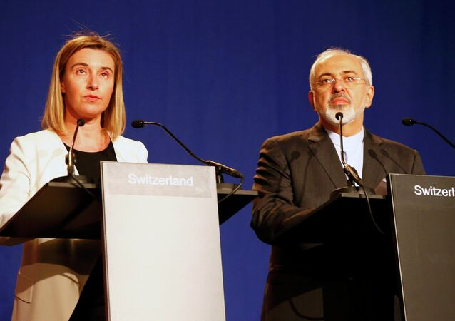 EU foreign policy chief Federica Mogherini addresses during a joint statement with Iran's Foreign Minister Javad Zarif (R) in Lausanne April 2, 2015.