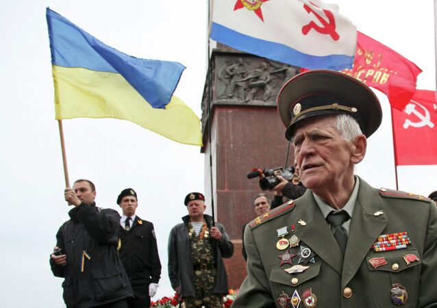 A WWII veteran stands near the Monument to the Unknown Sailor at the Ukrainian Black Sea port of Odessa. File photo