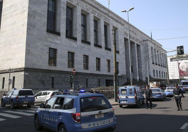 Police cars surround the tribunal of Milan