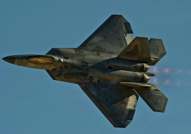 An F-22 Raptor