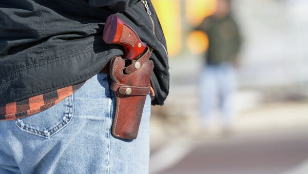 Wild Wild West: Texas Set to Make it Legal to Openly Carry Handguns - Sputnik International