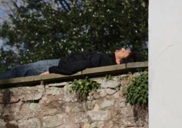 Richard Hammond is Bored