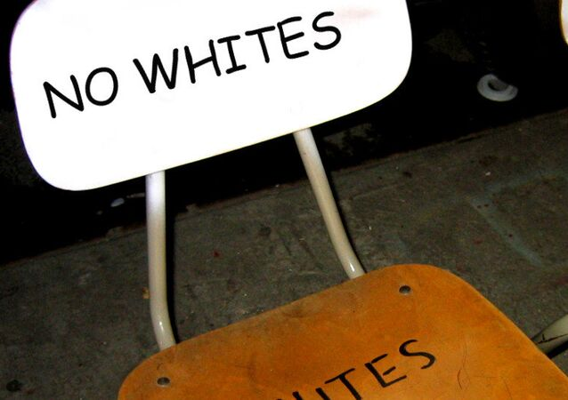 Segregation chairs