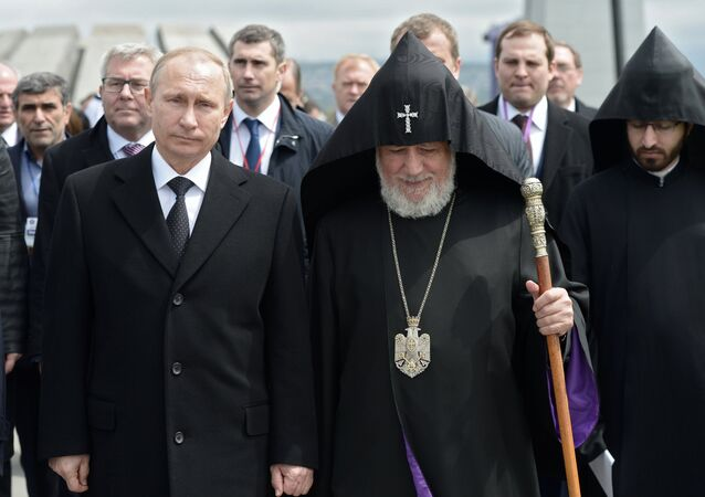 Vladimir Putin visits Armenia